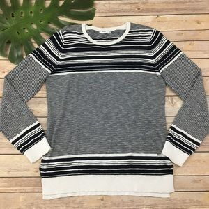 Vince blue & white graphic striped sweater